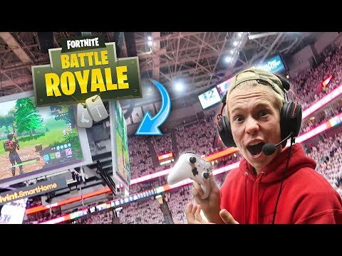Playing fortnite in an nba playoff arena!! *crowd goes wild*